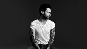adam-levine-2013-hd-wallpaper