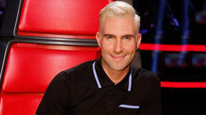 adam-levine-new-blonde-hair-ftr